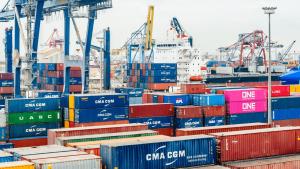 các loại phí trong xuất nhập khẩu